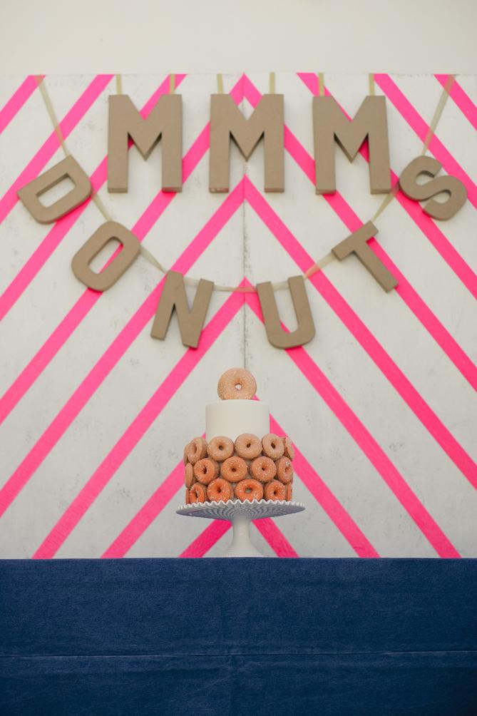 Offbeat-wedding-cake-donuts-2-modern-wedding-style.full