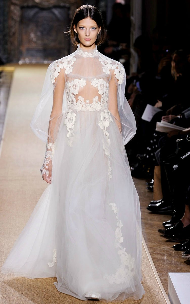 Wedding-dress-inspiration-valentino-couture-spring.full
