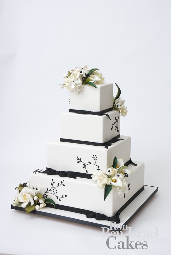 wedding-cake-inspiration-Ron-Ben-Isreal-wedding-cakes-white-black-bows-lillies