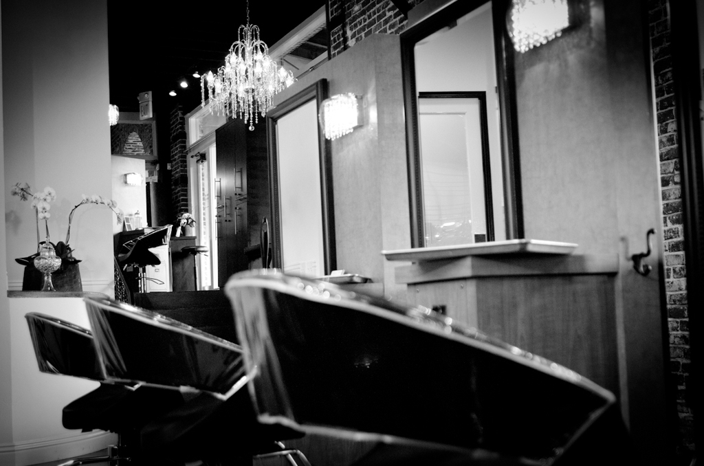2.12.12_brushsalon_0827_1024x678_bw.original.full