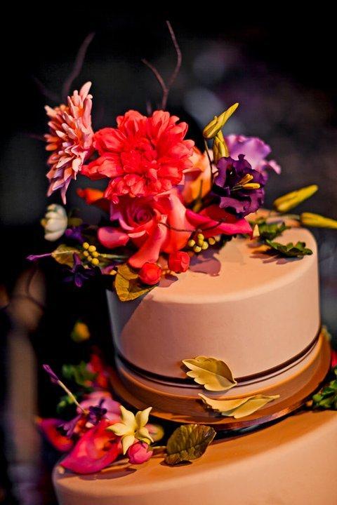 Wedding-cake-inspiration-ron-ben-isreal-cakes-4.full