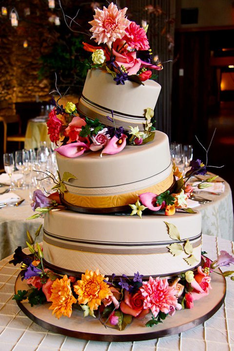 photo of wedding-cake-inspiration-Ron-Ben-Isreal-Cakes-3
