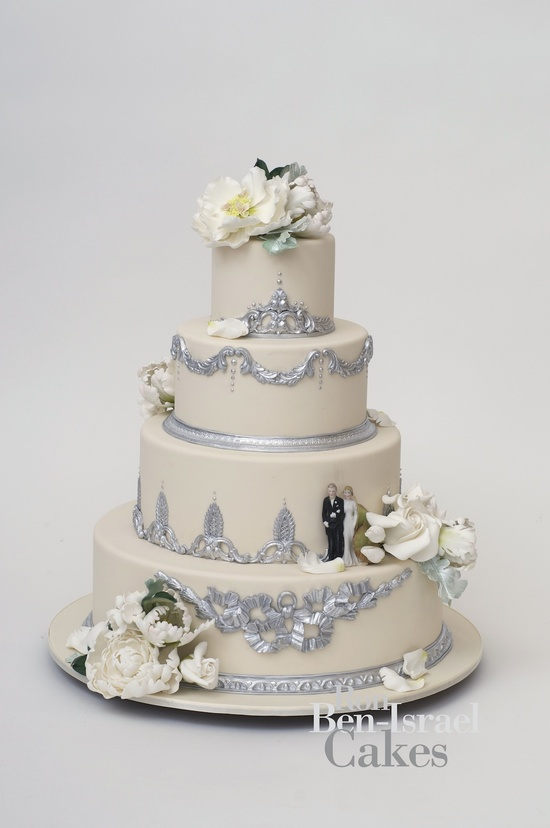 photo of wedding-cake-inspiration-Ron-Ben-Isreal-wedding-cakes-ivory-ice-blue