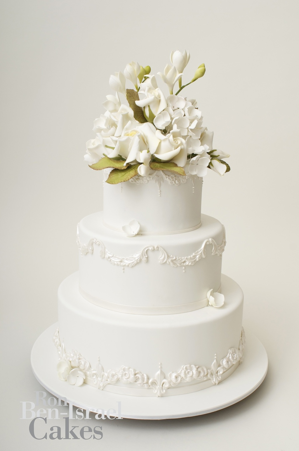 CakeinspirationRonBenIsrealweddingcakesclassicwhite3tier - 3 Tier Wedding Cakes