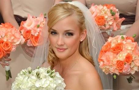 photo of Lisa Johnson Bridal