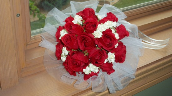 Red Roses Bouquet with Tulle Collar