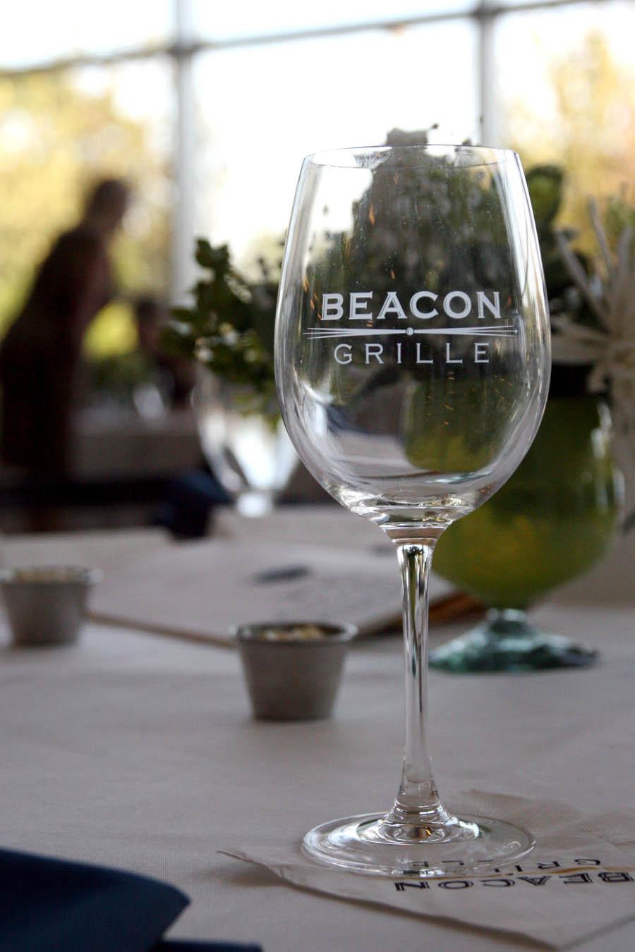 Beacon%20grille%20wine%20glass.full
