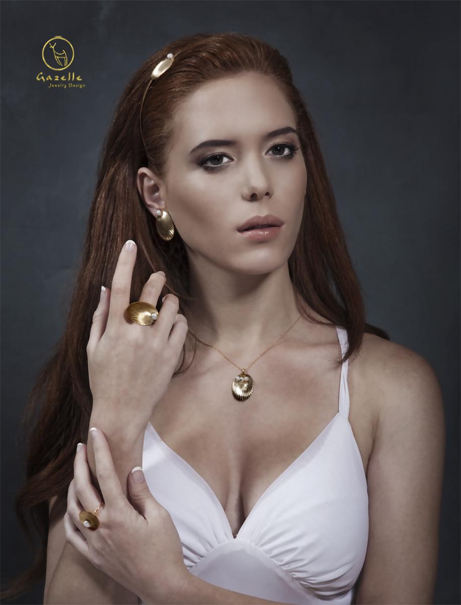 Venus%20gazelle%20jewelry.full