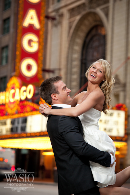 chicago theater engagement photographer