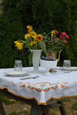 Tablecloth2.full