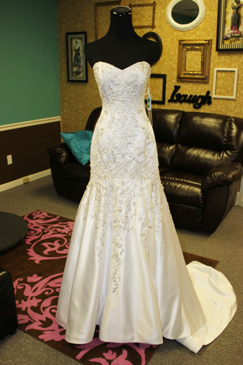 photo of Rina's Bridal & Quince Boutique