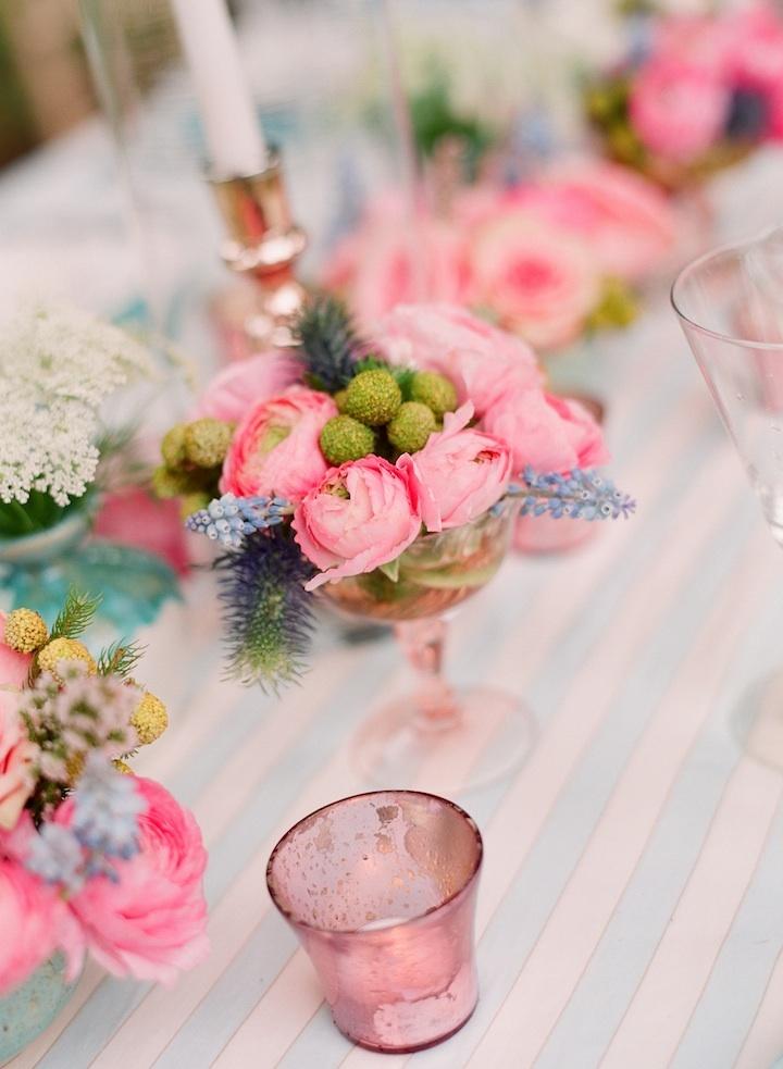 Romantic-wedding-details-outdoor-weddings-tablescape-pink-peonies.full