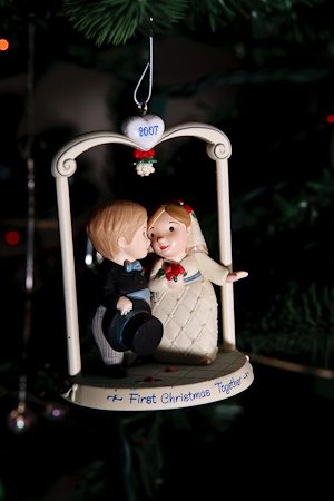 Bride_and_groom_christmas_ornament-58_.full