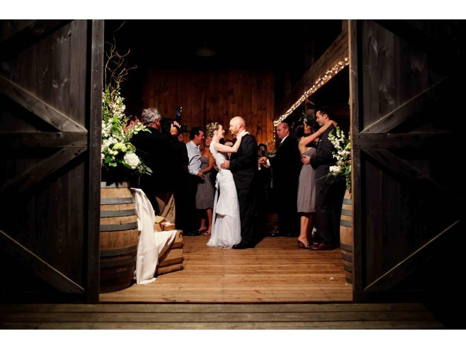 Barn%20wedding.full