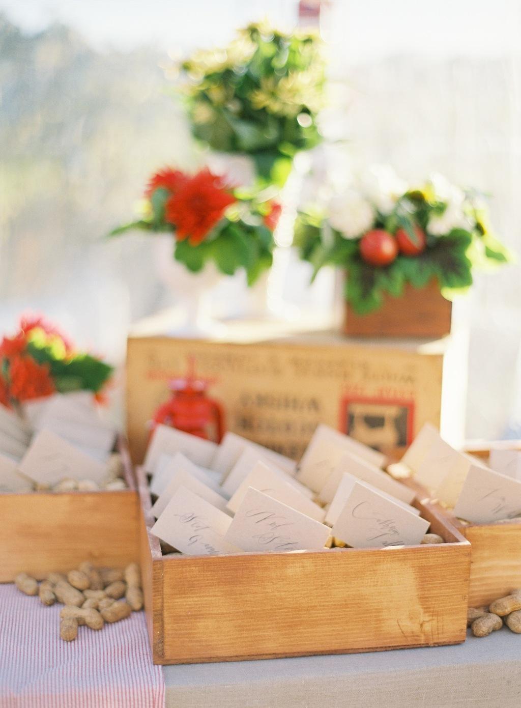 Santa-barbara-chic-wedding-guest-card-jose-villa-3.full