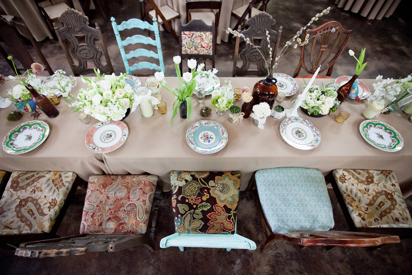 Rustic-ranch-wedding-inspiration-reception-decor-tablescape.full