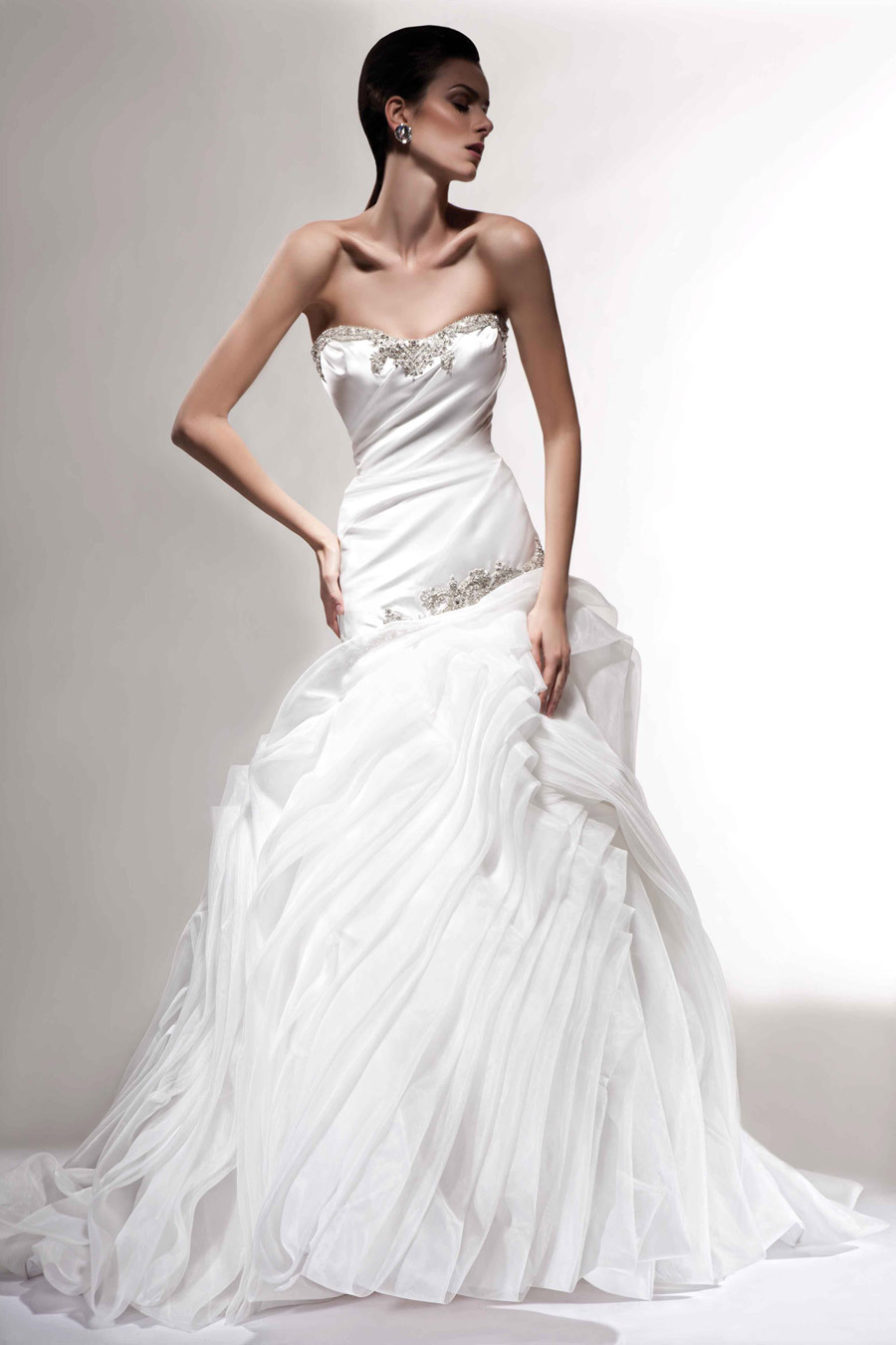 Covetable-wedding-gowns-2013-bridal-victor-harper-couture-102.full