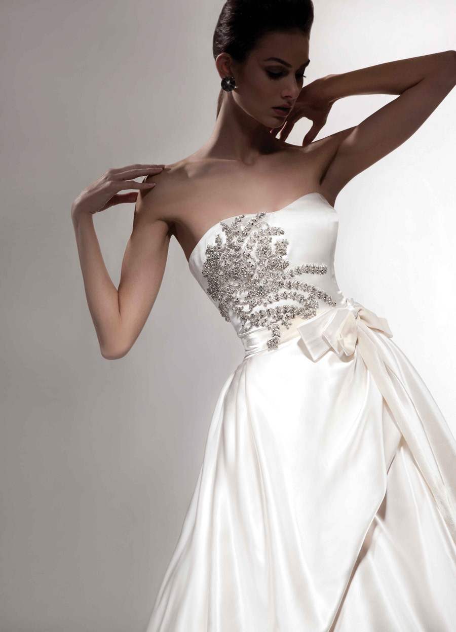 Covetable-wedding-gowns-2013-bridal-victor-harper-couture-110.full