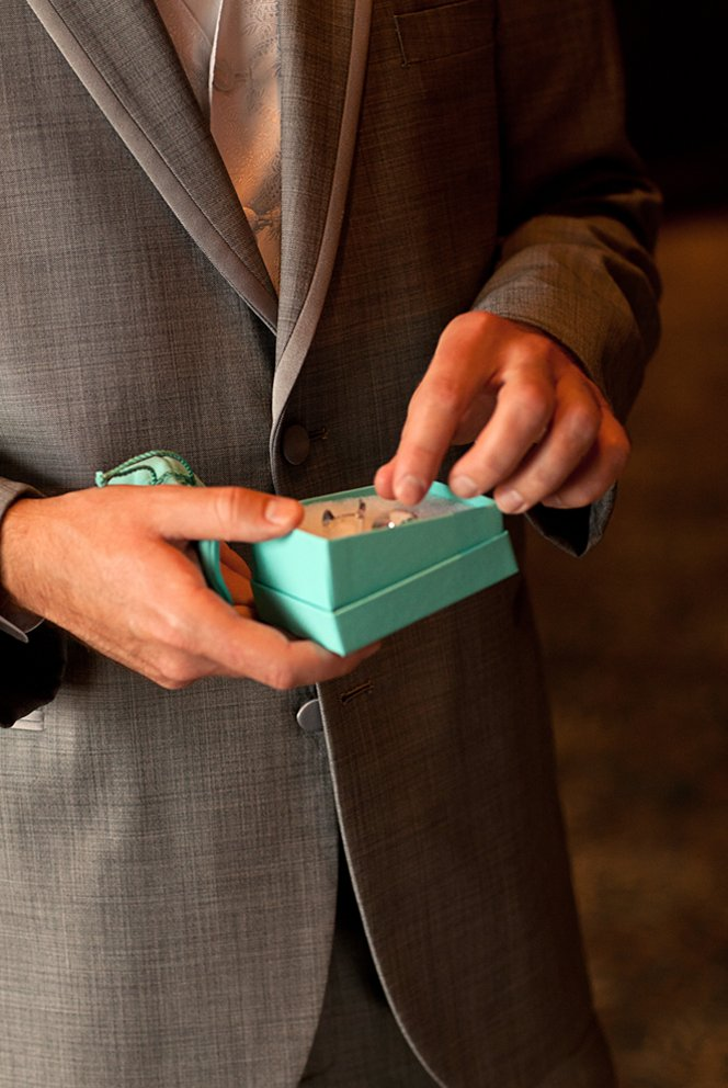 5 alternative wedding gifts for the groom