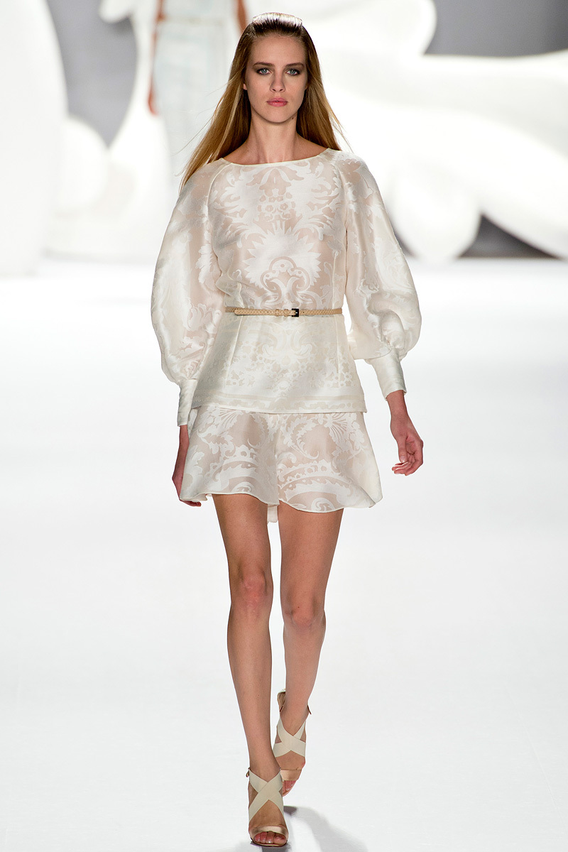 Catwalk-to-white-aisle-wedding-style-inspiration-for-brides-new-york-fashion-week-carolina-herrera.full