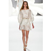 Catwalk-to-white-aisle-wedding-style-inspiration-for-brides-new-york-fashion-week-carolina-herrera.square