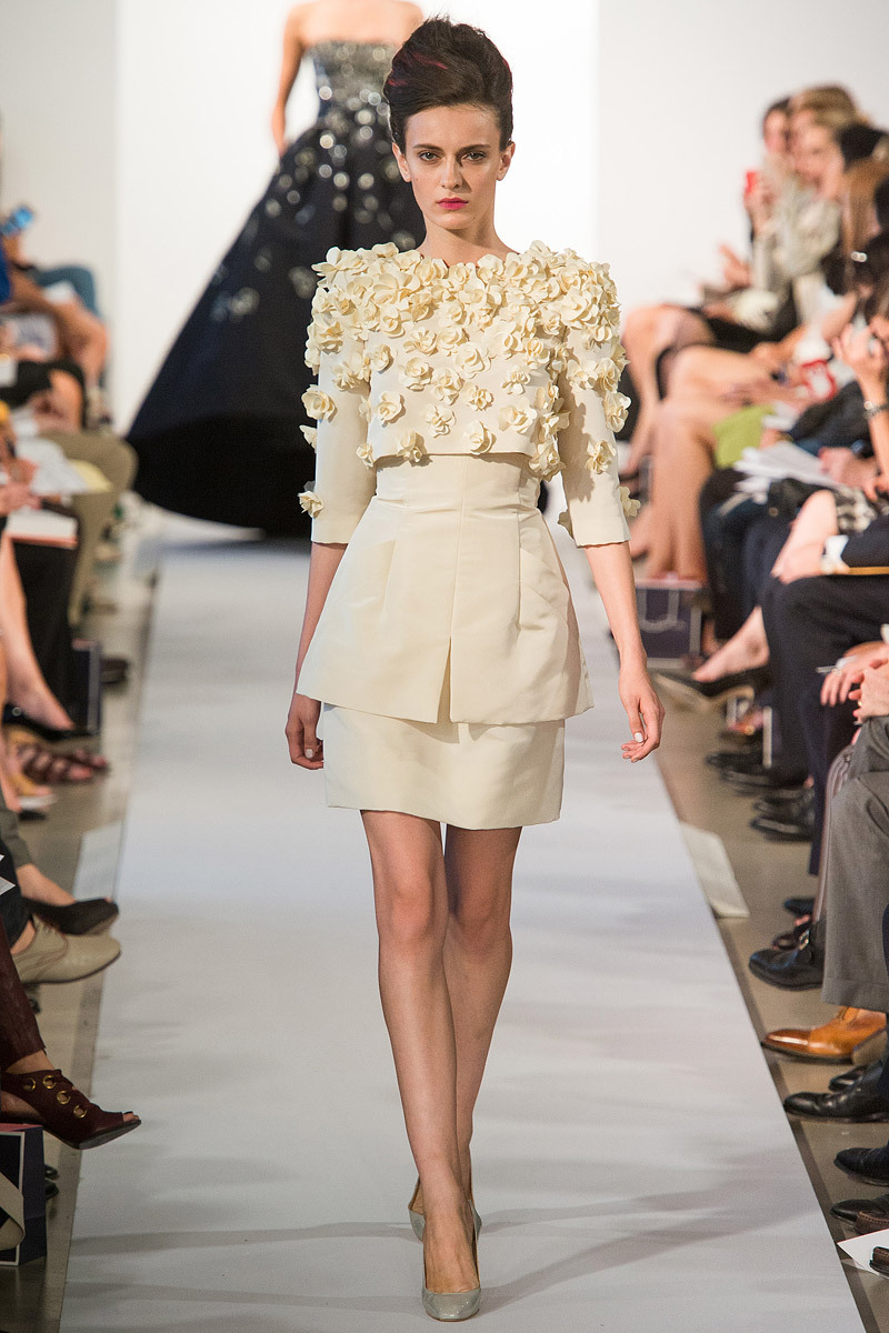 Catwalk-to-white-aisle-wedding-style-inspiration-for-brides-new-york-fashion-week-oscar-de-la-renta-1.full