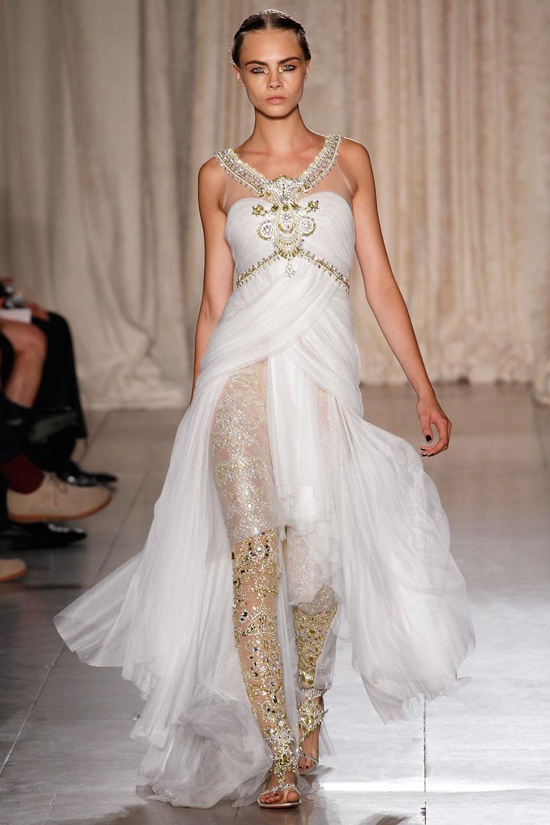 Catwalk-to-white-aisle-wedding-style-inspiration-for-brides-new-york-fashion-week-marchesa-2.full