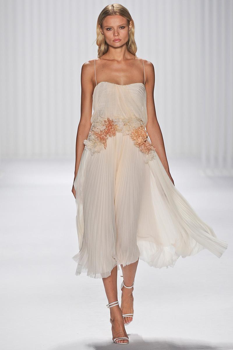 Catwalk-to-white-aisle-wedding-style-inspiration-for-brides-new-york-fashion-week-j.mendel.full