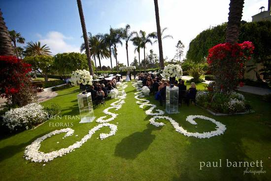rose petal aisle runner for outdoor wedding ceremonies 5