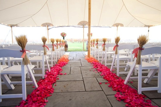 ombre wedding trends pink orange rose petal aisle