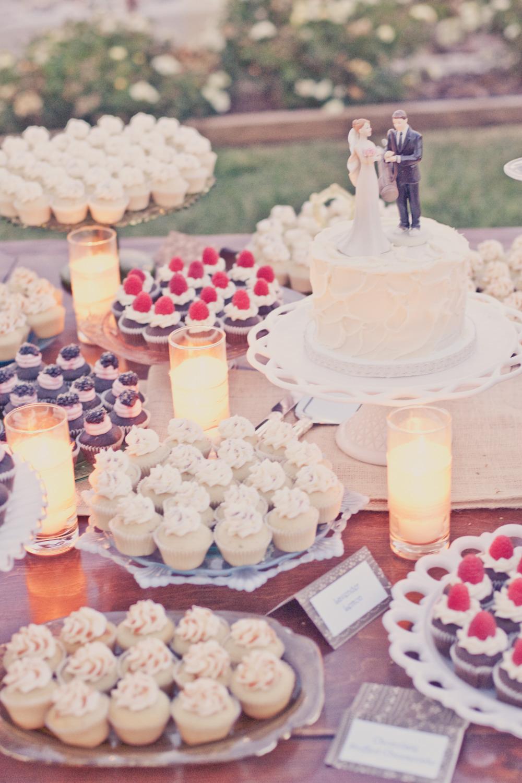 Elegant-real-weddings-lavender-peach-wedding-colors-dessert-table-cake-alternatives.full