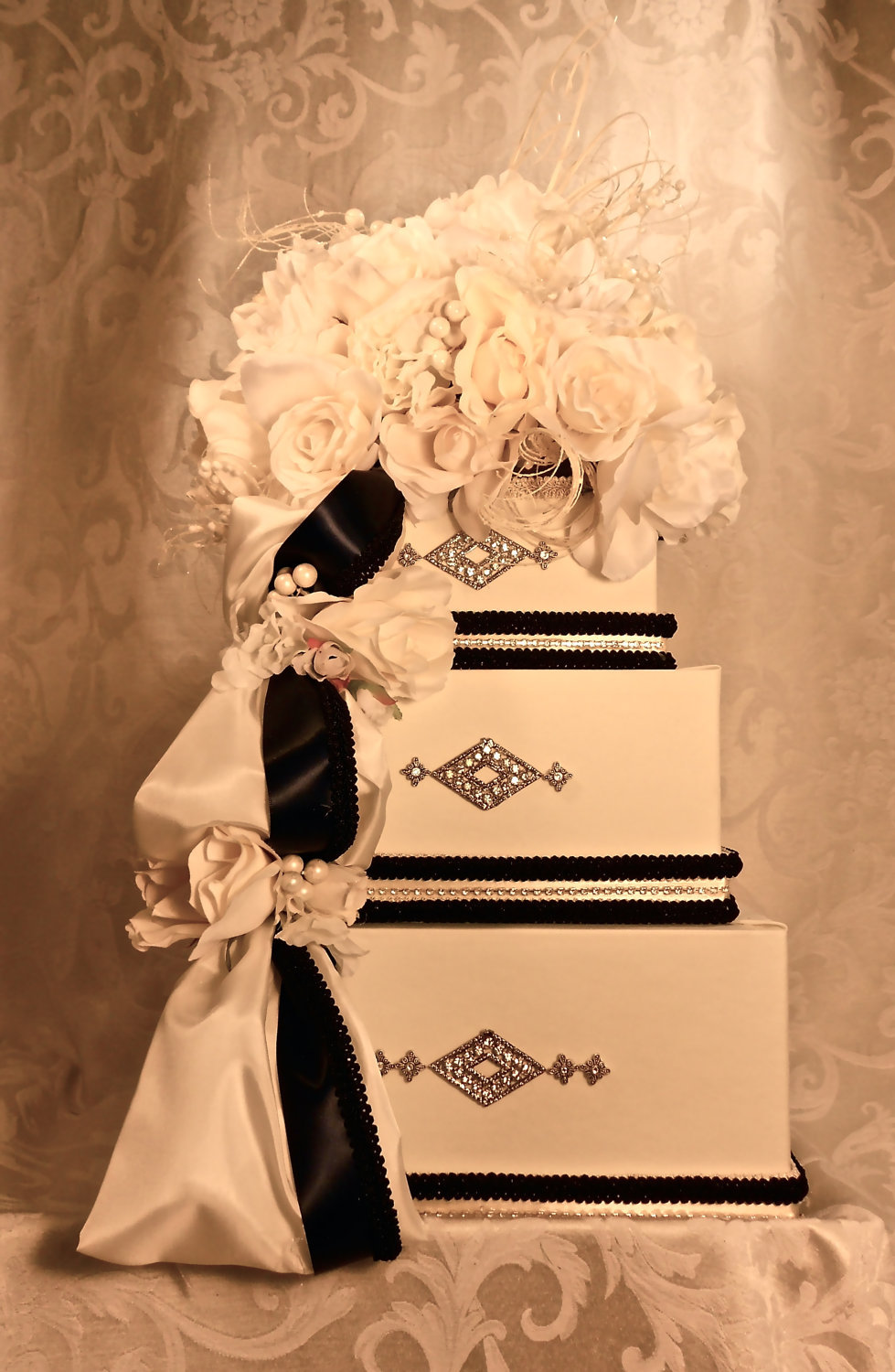 buttercream and black wedding colors elegant weddings cake box