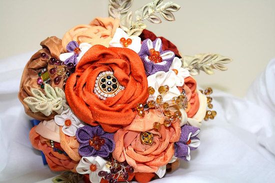 handmade wedding finds for fall weddings alernative bouquet