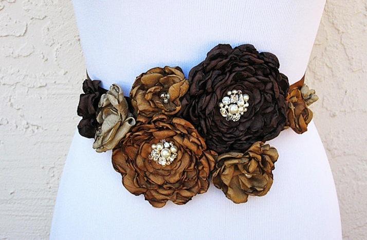 Handmade-wedding-finds-for-fall-weddings-sash.full