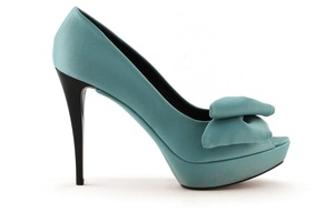 photo of wedding shoes bridal heels by Rosa Clara 2013 colored teal