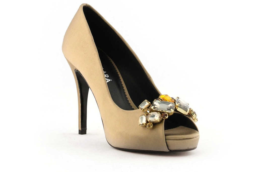 Wedding-shoes-bridal-heels-by-rosa-clara-2013-colored-gold.full