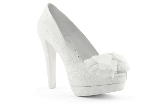wedding shoes bridal heels by Rosa Clara 2013 8
