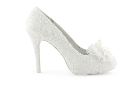 wedding shoes bridal heels by Rosa Clara 2013 7
