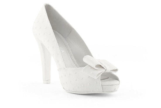 wedding shoes bridal heels by Rosa Clara 2013 2