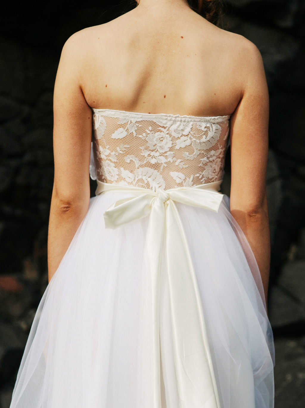 2013 wedding dress trends statement backs lace sheer