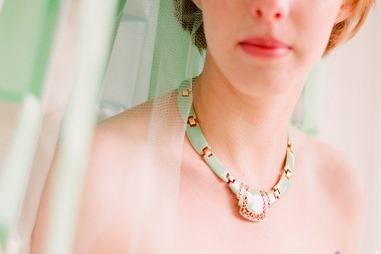 romantic outdoor wedding with Anthropologie inspired statement necklace