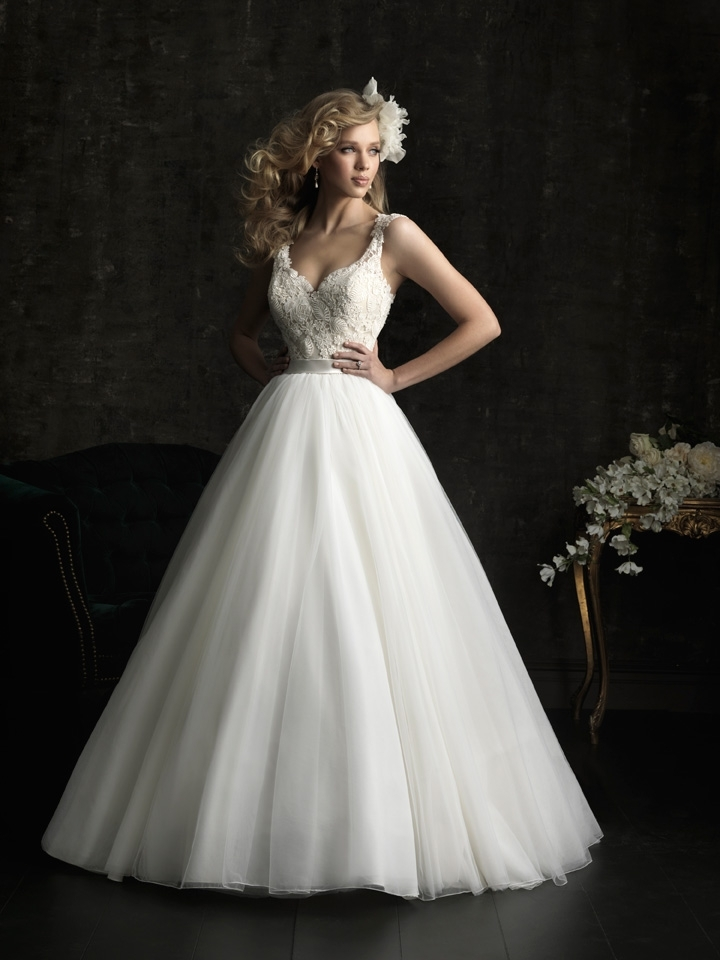 Gorgeous-2013-wedding-dress-by-allure-bridal-gowns-8968.full