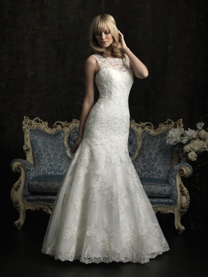 gorgeous 2013 wedding dress by Allure bridal gowns 5