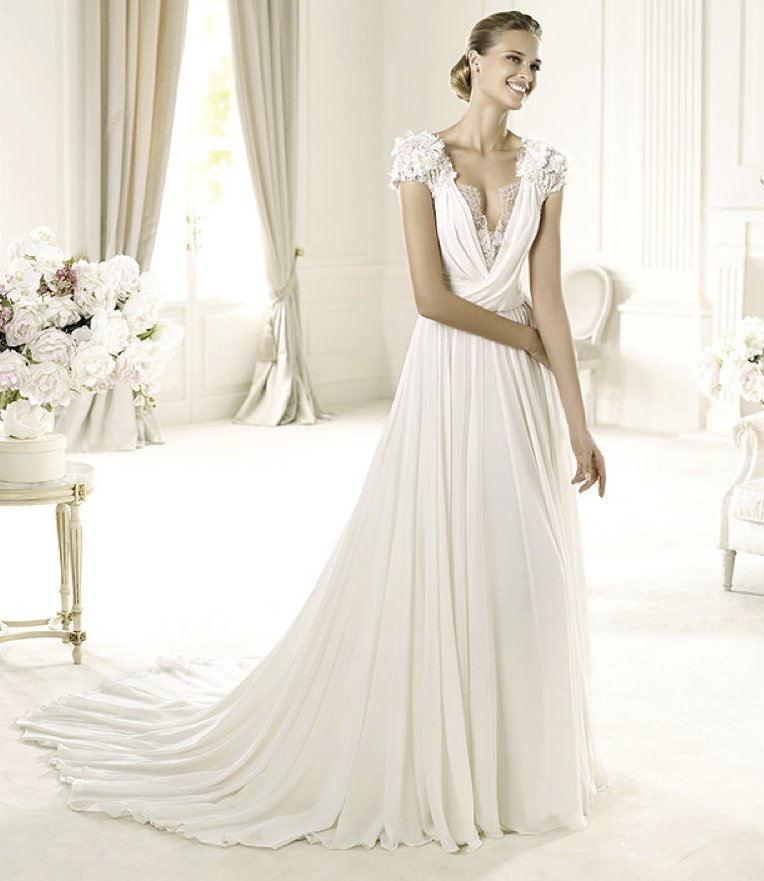 2013-wedding-dress-elie-saab-bridal-collection-for-pronovias-louisse-2.full