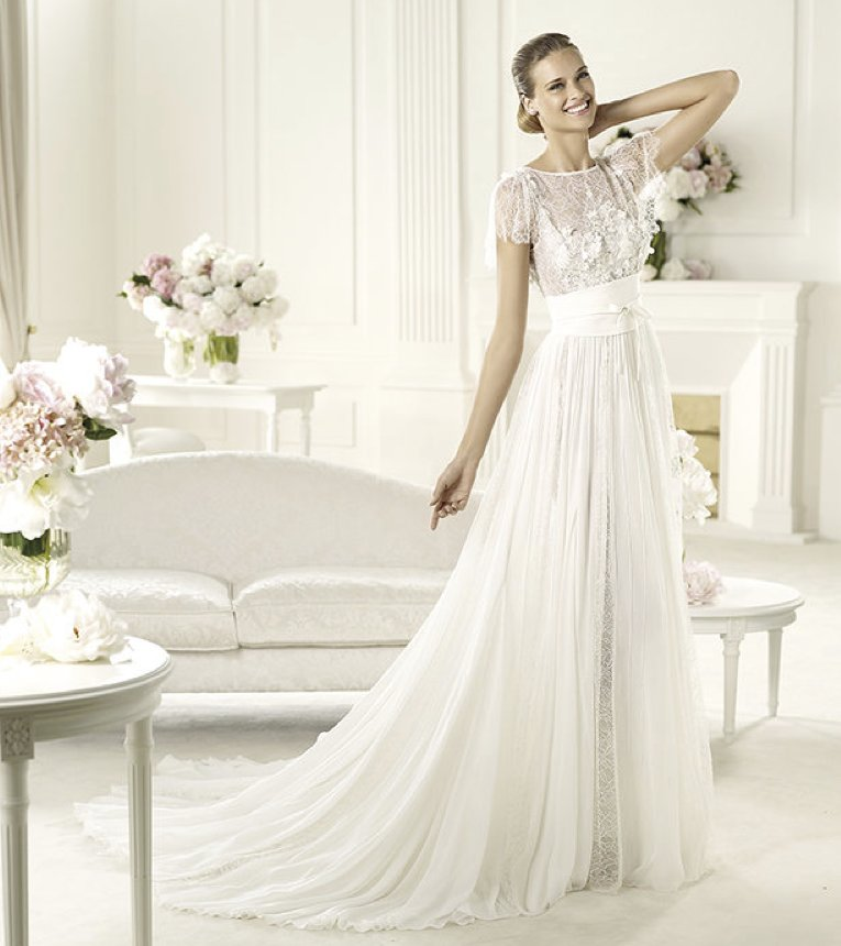 2013-wedding-dress-elie-saab-bridal-collection-for-pronovias-lorraine-2.full