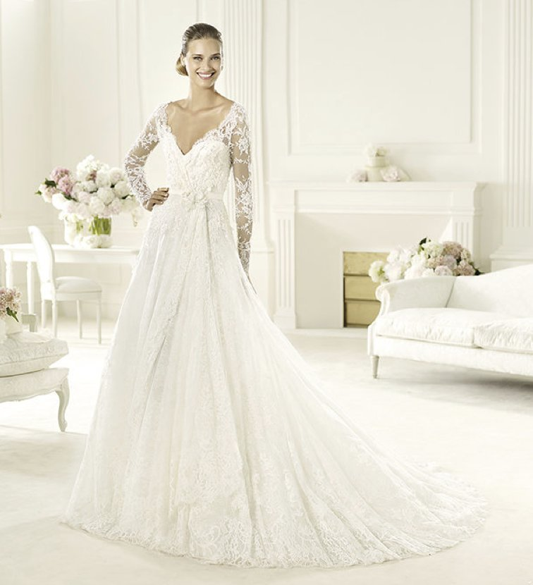 2013-wedding-dress-elie-saab-bridal-collection-for-pronovias-birgit-2.full