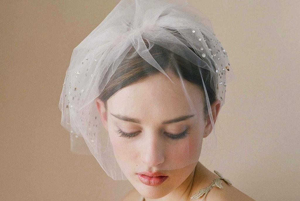 tulle wedding accessories for romantic brides from Etsy bridal blusher with rhinestones