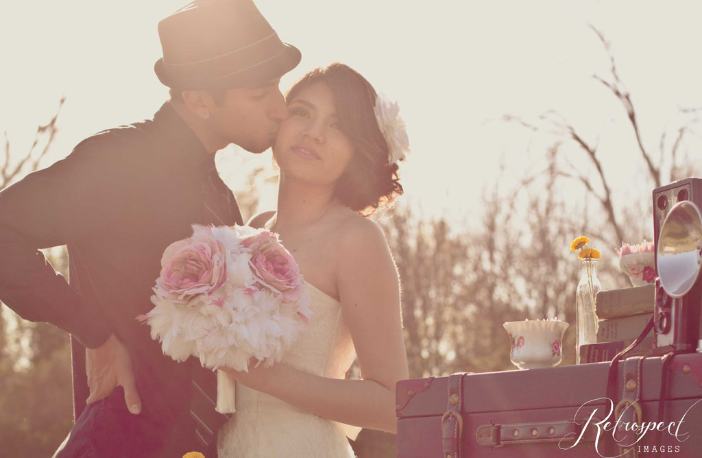 Romantic-wedding-color-inspiration-soft-mauve-from-etsy-feather-peony-bouquet.full
