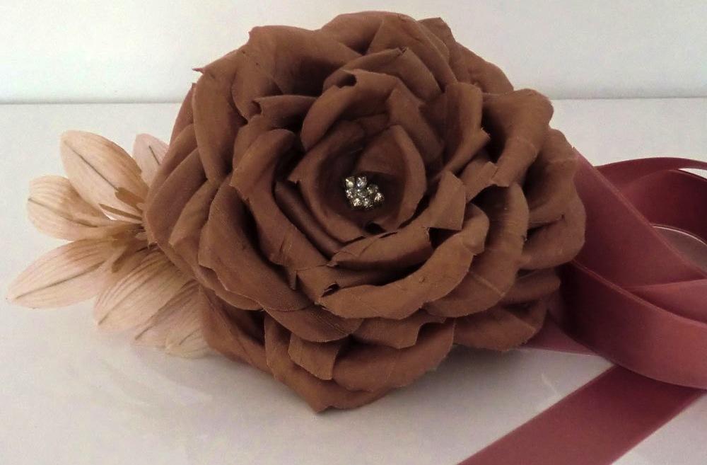 Romantic-wedding-color-inspiration-soft-mauve-from-etsy-sash.full