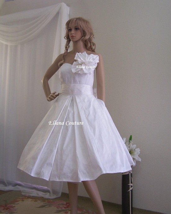 photo of Celeste - Vintage Inspired Wedding Dress with Pockets by Ellana Couture on Etsy, $525